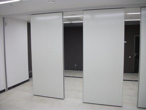 Раздвижная звукоизоляционная стена 06