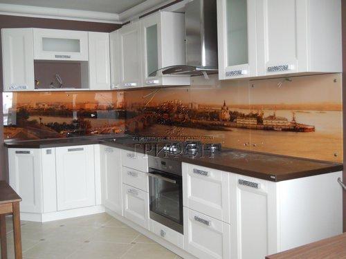 Cтеклянный кухонный фартук с видом Нижнего Новгорода 01