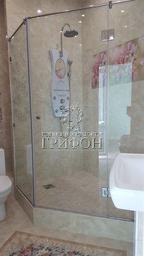 Душевая перегородка из бесцветного закаленного стекла (Нижний Новгород)